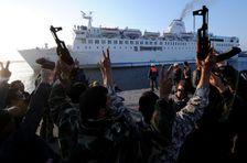 Generaal dreigt met afsluiting haven Benghazi