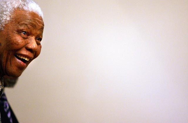 Nelson Mandela doodverklaard