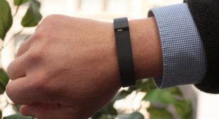 How to set up your Fitbit Flex – www.mcafee.com/activate