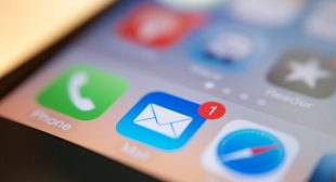 ADD A PERSONAL EMAIL ACCOUNT TO AN IPHONE: HERE IS HOW YOU CAN DO IT